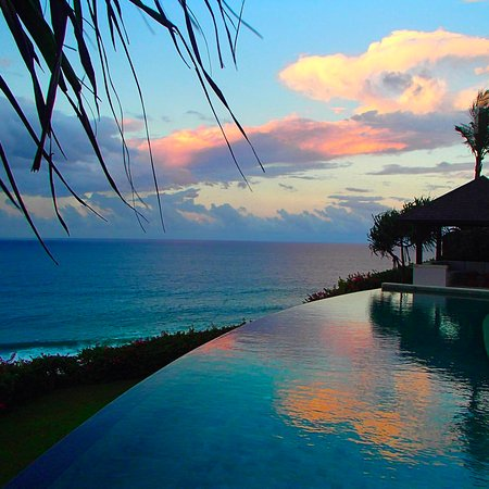 The Ungasan: Sunrise view from our private pool