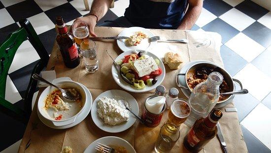 Аттика, Греция: Greek food in Athens