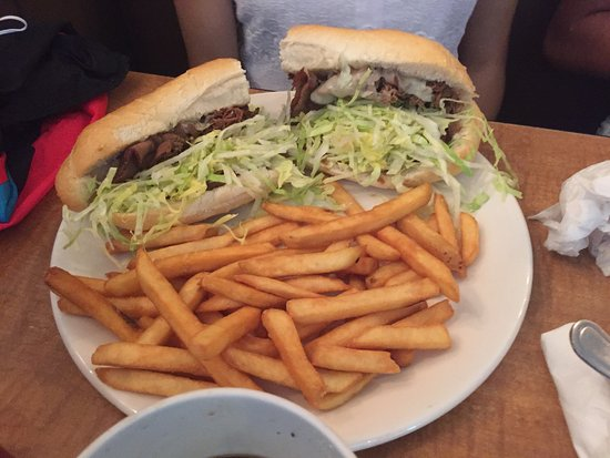 Armstrong's Restaurant: Roast beef/French dip