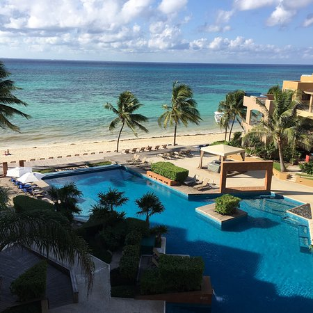 Residences El Faro: This is the actual amazing view from Surf 402