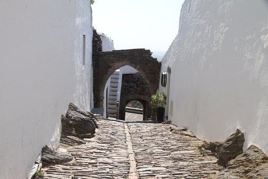 Monsaraz Castle and Walls