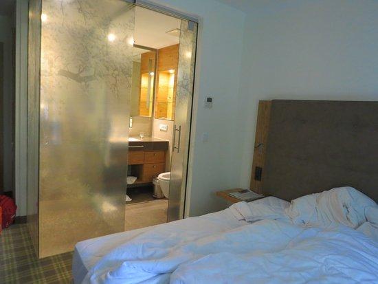 Neuhofen an der Ybbs, Αυστρία: WC neben Bett gefiel uns nicht so gut