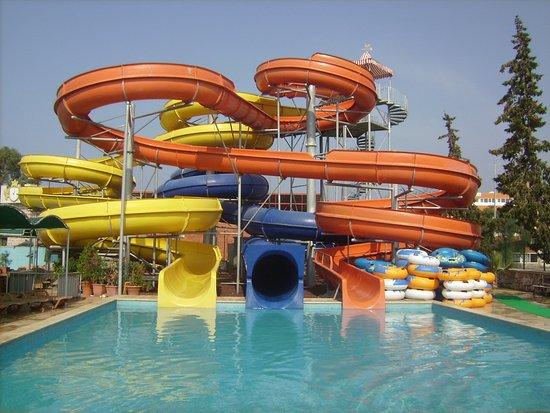 Yali Castle Aquapark - Picture of Yali Castle Aquapark ...