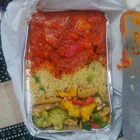 Sakhis Watz kukin: Sakhi's Chicken Shaslik with rice and boiled veg's