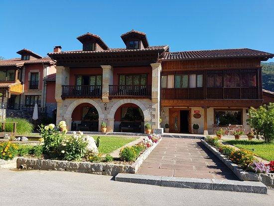 Hotel Casona Malvasia: Edificio del hotel