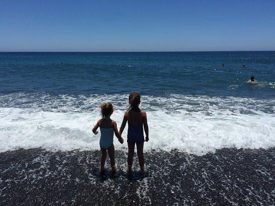 Private Santorini Tours - Private Day Tours: Black beach