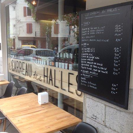 Restaurant Halles St Jean De Luz