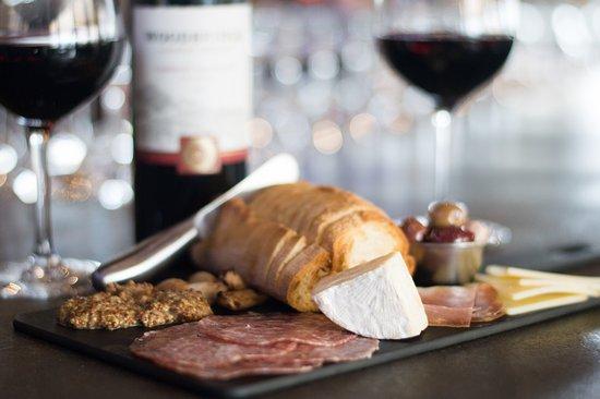 Surrey, Canada: Meat & Cheese Board