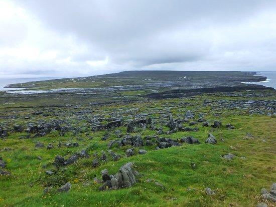 Radharc na Ceibhe: Vue d'Inish Mor