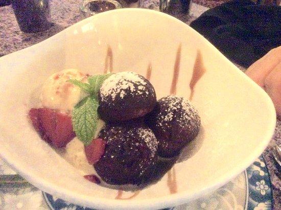 Bhima's Warung: East Indian donuts