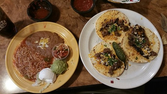 Old Mission: Street tacos