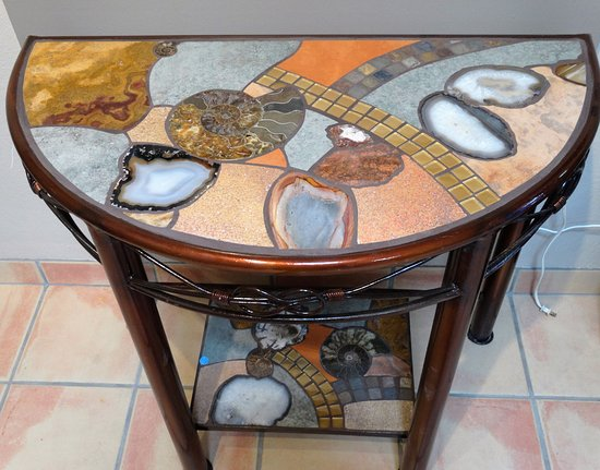 Cobalt Fine Arts Gallery : Beautiful accent table