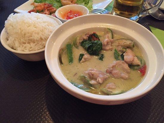 Mali Cuisine Thai: Poulet au curry vert