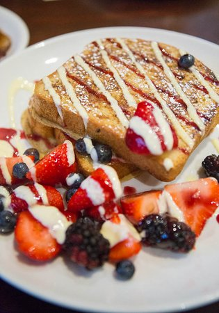 Libertyville, Ιλινόις: Berry Bliss french toast