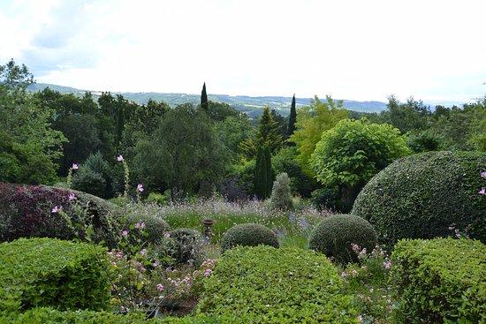 Varen, Francia: vue du jardin