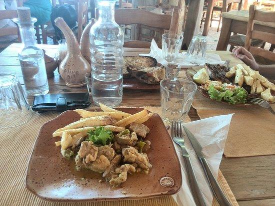 Kaliviani, Grecia: Запеченная свинина