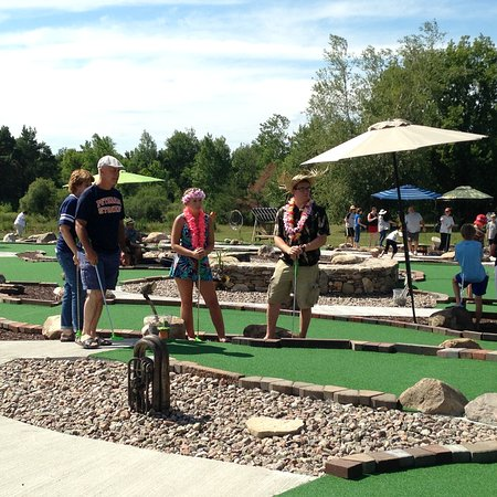 Potsdam, NY: SwingTime Mini Golf