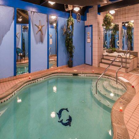 Inn Of The Dove Romantic Luxury Business Suites 158 2 2 6