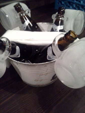 Pirgos Dirou, Греция: Freezer beer all the time in Itankeros