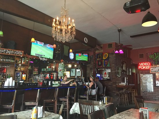 Down The Hatch New Orleans Garden District Restaurant Reviews Phone Number Photos