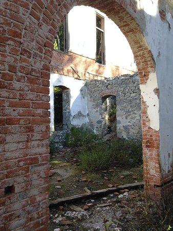 Philipsburg, MT: Union hall ruins...