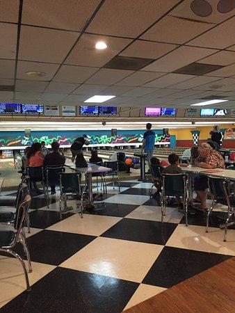 Pinarama Bowling Lanes