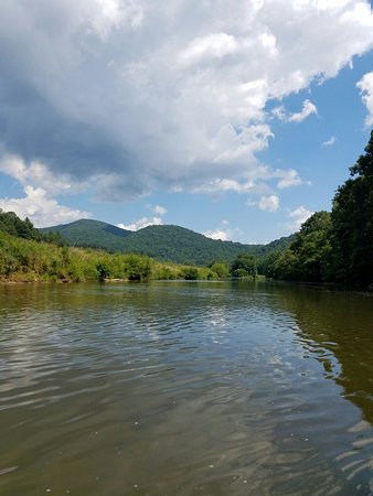 Jefferson, Carolina del Norte: Zaloo's Canoes...July 2016