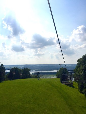 Chestnut Mountain Resort: photo2.jpg