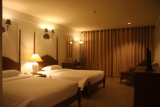 Imperial Lake View Hotel & Golf Club: Superior Room