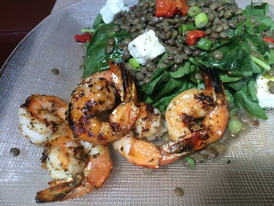 Winnetka, IL: Lentil Salad with Feta and Shrimp Toppings. YUMMY!