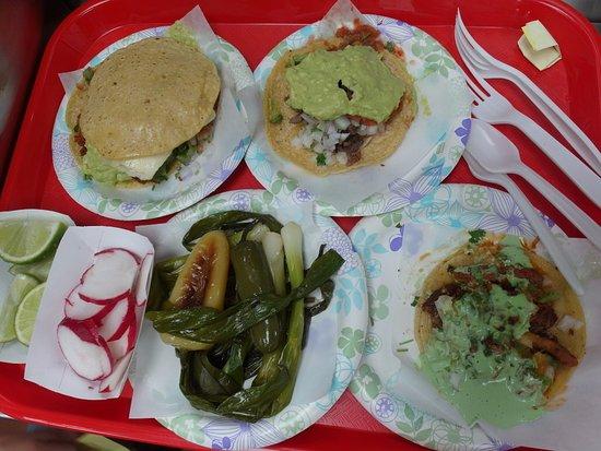 Tacos El Gordo 689 H St, Chula Vista, CA 91910