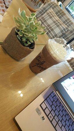 Bangsaen, Tailandia: Cafe Kantary