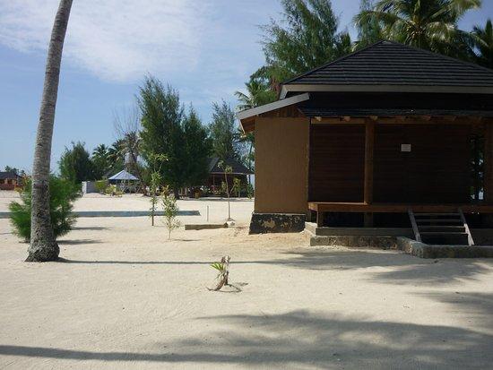Kendari, Indonesia: Around the beach