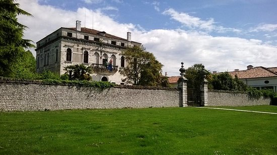Villa Correr-Dolfin