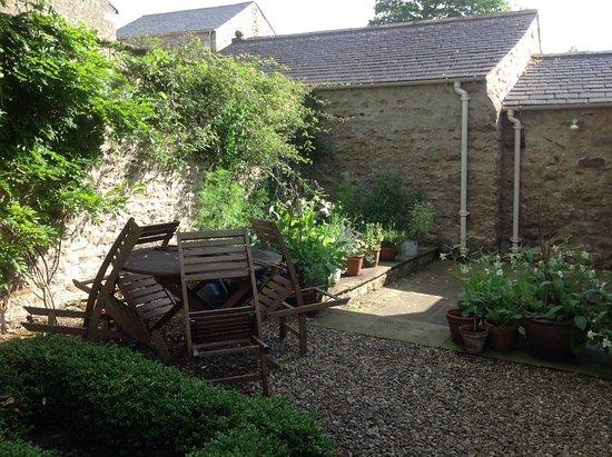 Westhouse, UK: patio