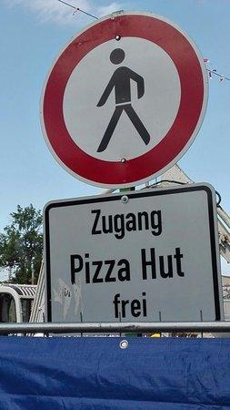 Pizza Hut Alter zu arbeiten