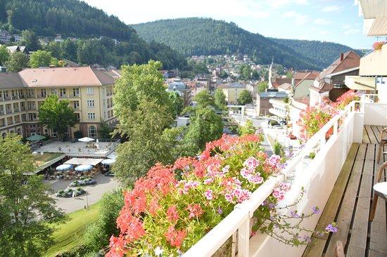 Hotel Weingärtner: Aussicht vom Balkon auf Bad Wildbad