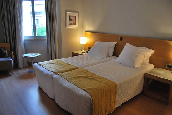 The Athenian Callirhoe Exclusive Hotel: Habitación 301