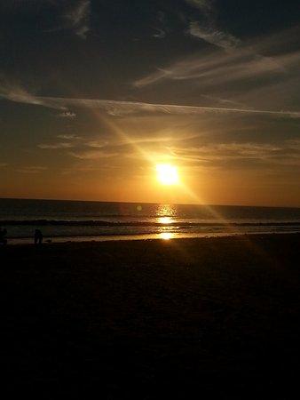 Pembrey, UK: Sunset taken on mob phone