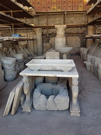 Tempio Travel: Salvaged Furniture From Noble Houses.