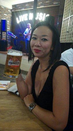 Dinner & Bar 4You: Good beer