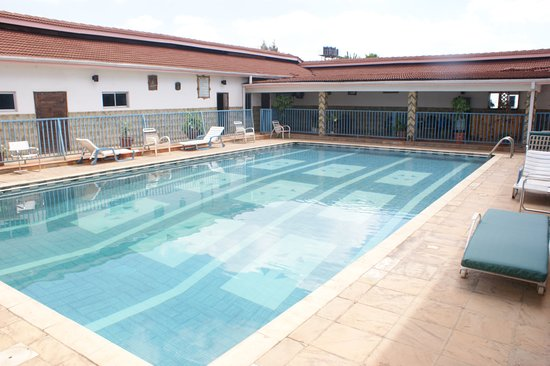 Stedmak gardens karen updated 2018 guesthouse reviews for Pool garden restaurant nairobi