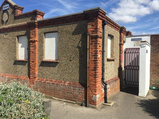 Shoebury Common Beach Public Toilets