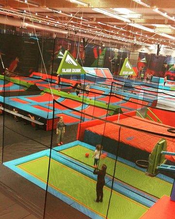 Rush Helsinki - trampoliinipuisto