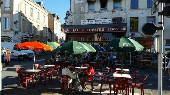 Le Blanc, Francia: Cafe du Theatre