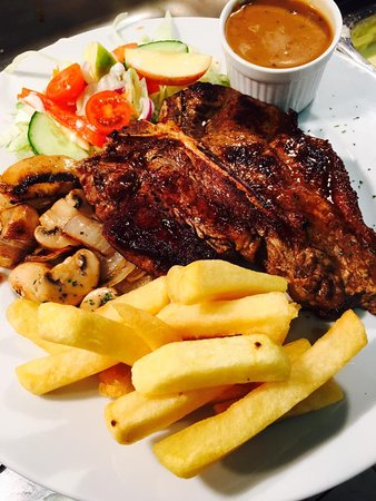 Glin, Irlanda: T-bone succulent steak