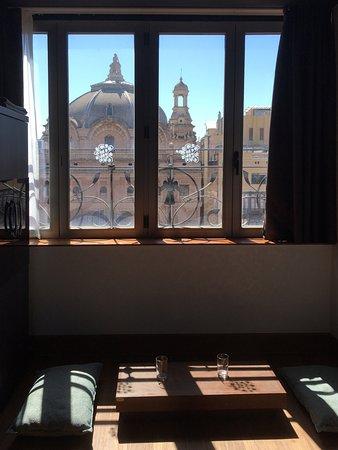 Petit Palace Museum Hotel: Vistas traseras del teatro Coliseum