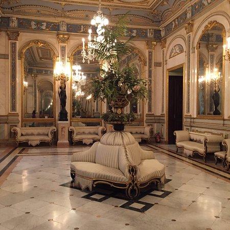 El Museo Nacional de Ceramica y de las Artes Suntuarias Gonzalez Marti: fotog...
