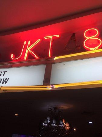 JKT48 Theater : ネオン外されてますw
