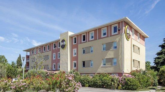B b hotel salon de provence reviews price comparison for Salon de provence